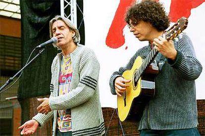 Luis Pastor (izquierda), con Pedro Guerra.