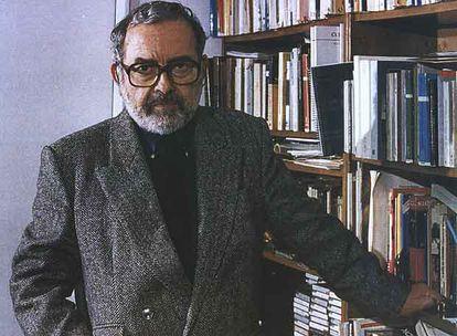 El escritor, periodista y crítico de arte Jorge Barón Biza.