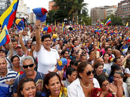 El Gobierno de López Obrador asegura que,  de momento , seguirá reconociendo a Nicolás Maduro como presidente de Venezuela
