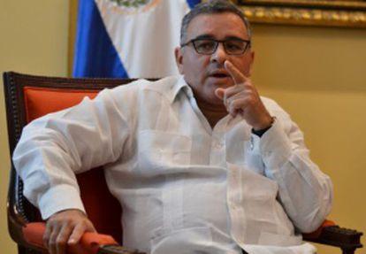 Mauricio Funes, presidente de El Salvador, durante a entrevista.
