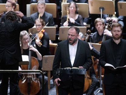 El barítono Matthias Goerne, el tenor Sebastian Kohlhepp, bajo la dirección de Pablo Heras-Casado.