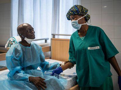 Liberia: dos urólogos para cinco millones de habitantes