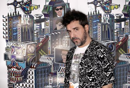 L'artiste Javier Arrés chez lui à Cordoue.