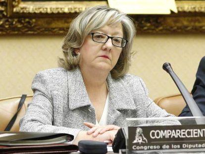 Flor López Laguna, directora de la Oficina de Conflictos de Intereses, durante una comparecencia en el Congreso.