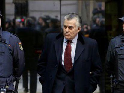 El extesorero del PP, Luis Bárcenas, a su salida de la Audiencia Nacional, el pasado enero.
