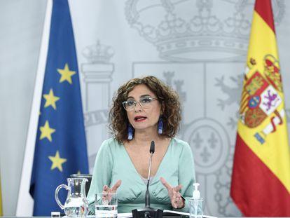La ministra de Hacienda y portavoz del Gobierno, María Jesús Montero, comparece en rueda de prensa tras al Consejo de Ministros.