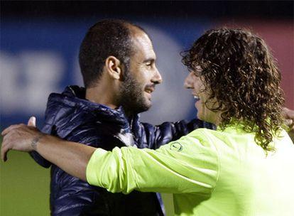 Guardiola saluda a Puyol