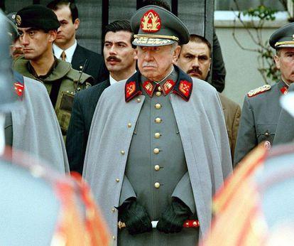 El general Augusto Pinochet, en una imagen tomada en 1997.