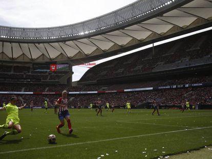 El Atlético-Barcelona de la temporada pasada, con 60.000 personas en las gradas.