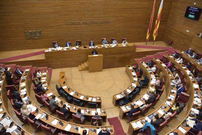 Pleno de las Cortes Valencianas.
