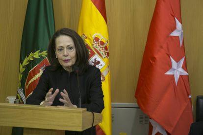 La directora del Centro de Estudios Políticos y Constitucionales, Yolanda Gómez Sánchez, durante su intervención.