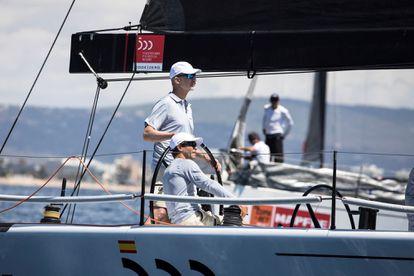 Felipe VI embarca en el 'Aifos' para preparar la 39º Copa del Rey de Vela, el 1 de agosto en Palma, Mallorca.