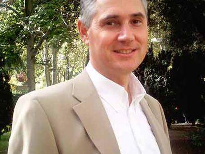 Enrique Simó imparte cursos sobre inteligencia emocional y espiritual.