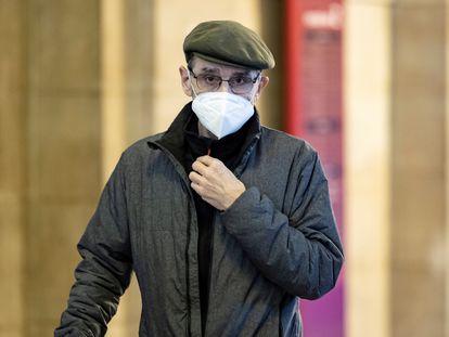 El exdirigente etarra Josu Ternera llega al Palacio de Justicia de París, este martes.