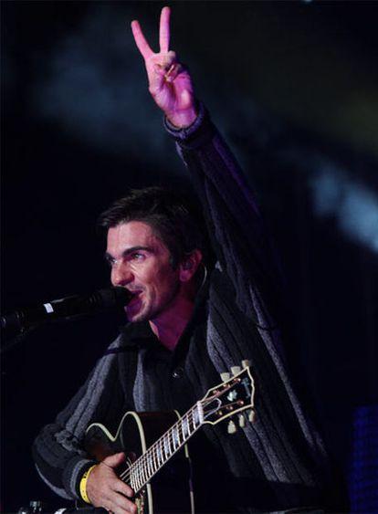Juanes durante su actuación.