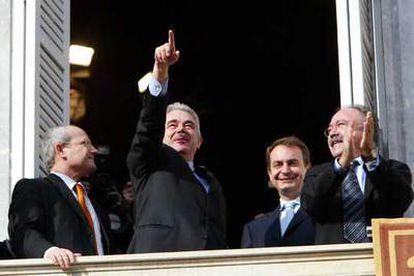 Montilla, Maragall, Zapatero y Carod Rovira, en la toma de posesión del presidente del Generalitat.
