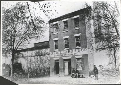 Un mercado de esclavos en Alexandria (Virginia, EEUU), en una foto fechada aproximadamente en 1860.