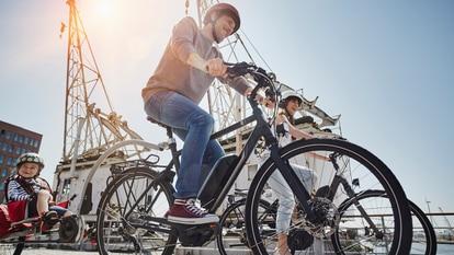 Plegables, de estilo clásico o para recorrer la montaña, bicis eléctricas para todas las necesidades y gustos. GETTY IMAGES.