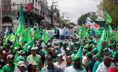 El expresidente dominicano, Leonel Fernandez, durante una manifestación el domingo pasado en Santo Domingo