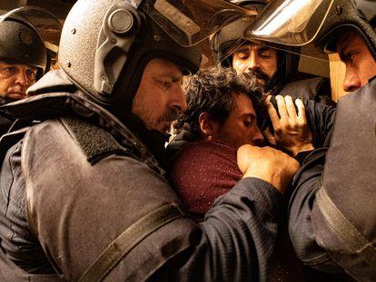 Una imagen del primer capítulo de 'Antidisturbios'.