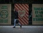 12/11/20 Escaparate de un establecimiento comercial (Primark) clausurado en el centro comercial Illa Diagonal.Reportaje las restricciones en Madrid y Barcelona. Barcelona, 12 de noviembre de 2020 [ALBERT GARCIA]