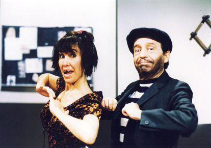 Florinda Meza y Roberto Gómez Bolaños, en los años noventa.
