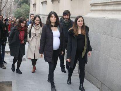 La fiscalía pide 23 meses de cárcel y una multa de 5.250 euros para la portavoz de Unidas Podemos en la Asamblea de Madrid por desórdenes durante un desahucio en 2014