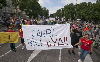 Pancarta al inicio de la 'bicifestación'.