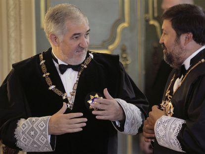 El magistrado Cándido Conde-Pumpido y el exministro de Justicia Francisco Caamaño en el acto de apertura del Año Judicial de 2019.
