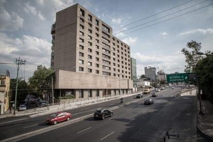 Vista del edificio donde se encuentran las oficinas de la empresa Libre Abordo en Ciudad de México.