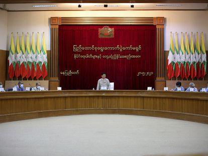 La comisión electoral de Myanmar, el 21 de mayo de 2021 en Naypyitaw.