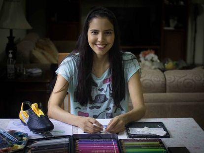 La artista paraguaya Lilian Cantero en su taller de Asunción.