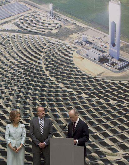 La megaplanta de energía solar de Sanlúcar la Mayor (Sevilla) simboliza el poderío español en renovables.