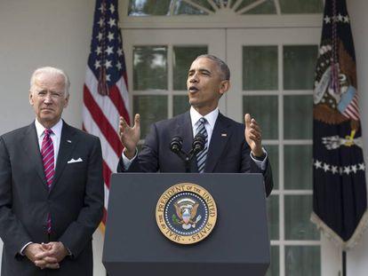 El presidente estadounidense, Barack Obama, junto al vicepresidente, Joe Biden, durante su primera declaración sobre las elecciones.
