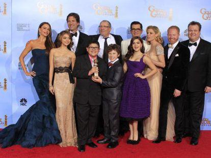 La película 'The Artist', en blanco y negro, se ha hecho con los premios a la mejor comedia, mejor actor (Jean Dujardin) y a la mejor banda sonora.