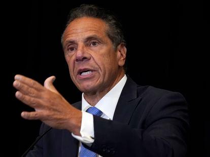 El gobernador demócrata de Nueva York Andrew Cuomo en una rueda de prensa.