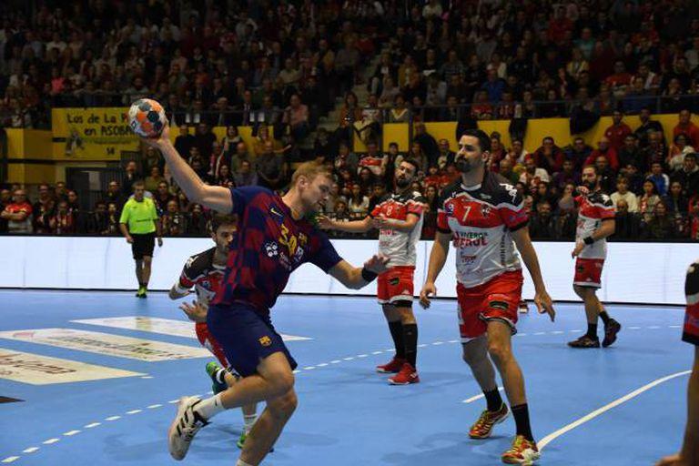 Aron Palmarsson, del Barcelona, en el partido contra Nava.