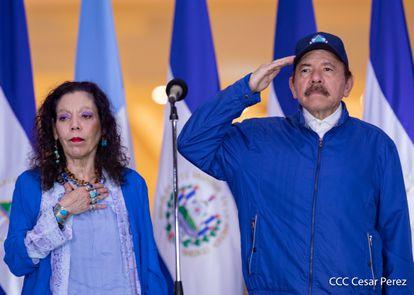 El presidente de Nicaragua, Daniel Ortega, y la vicepresidenta, Rosario Murillo, participan de las celebraciones por el 199 aniversario de la independencia de Nicaragua, el 15 de septiembre pasado en Managua.