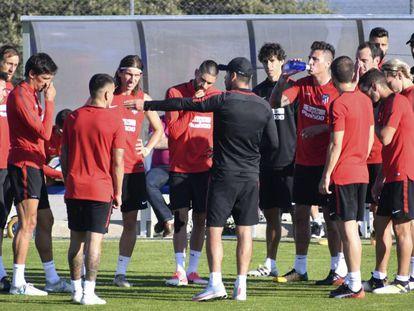 Los jugadores del Atlético durante su concentración en Los Ángeles de San Rafael, Segovia