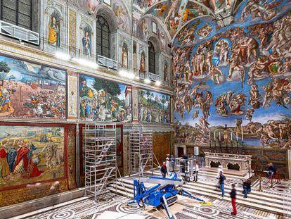 Los tapices de Rafael en la Capilla Sixtina, en imágenes