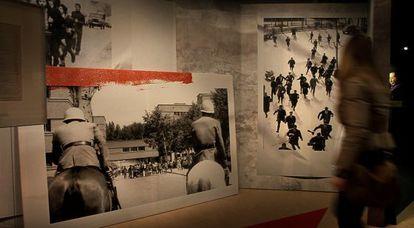 Imágenes de la exposición 'Memòria i vigència d'un compromís'.
