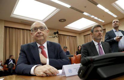 Montoro y Catalá, ayer en la reunión del Grupo Popular en el Congreso.