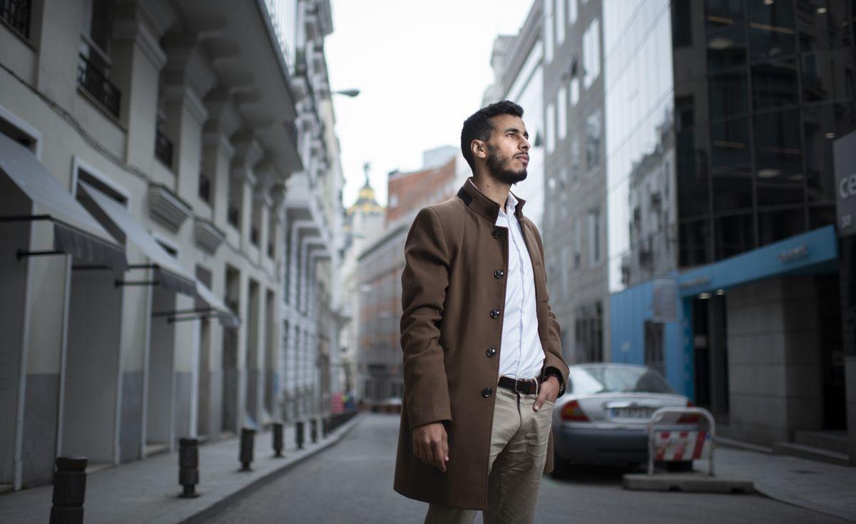 Jamal el Anbi, aquel niño descalzo | España | EL PAÍS thumbnail