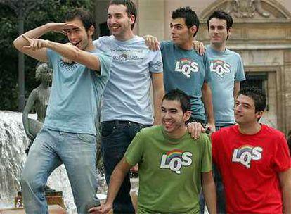 Los  integrantes del equipo de <i>Lo que surja</i>, ayer en Valencia.