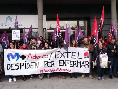Concentración de trabajadores de Extel, el lunes en A Coruña.