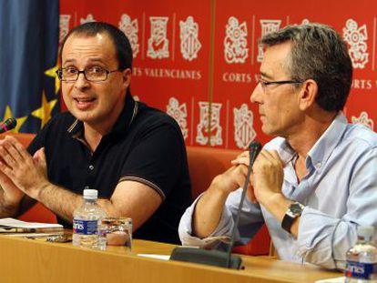 Julián López junto a Antonio Torres en las Cortes Valencianas.