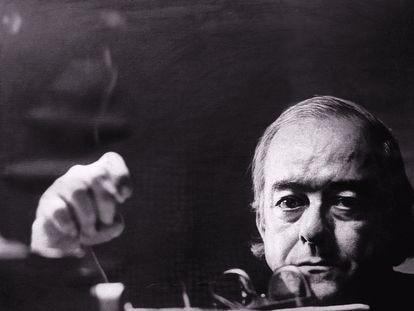 El poeta, dramaturgo y padre de la 'bossa nova', Vinicius de Moraes, en una foto sin datar.