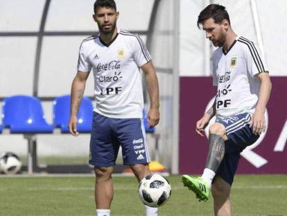 El portero de la selección de Argentina Franco Armani durante el entrenamiento realizado en Moscú. En vídeo, declaraciones del seleccionador argentino, Jorge Sampaoli.