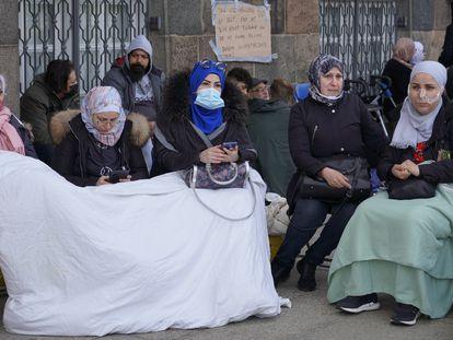 Refugiados sirios protestan en las inmediaciones del Parlamento de Copenhague, este pasado 21 de mayo.