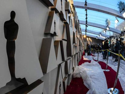 Preparativos en la alfombra roja de los Oscar el viernes por la tarde. En vídeo, las películas favoritas.